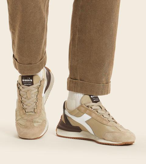 Chaussures Heritage Made in Italy - Unisexe EQUIPE MAD ITALIA NUBUCK SW BEIGE SAFARI - Diadora