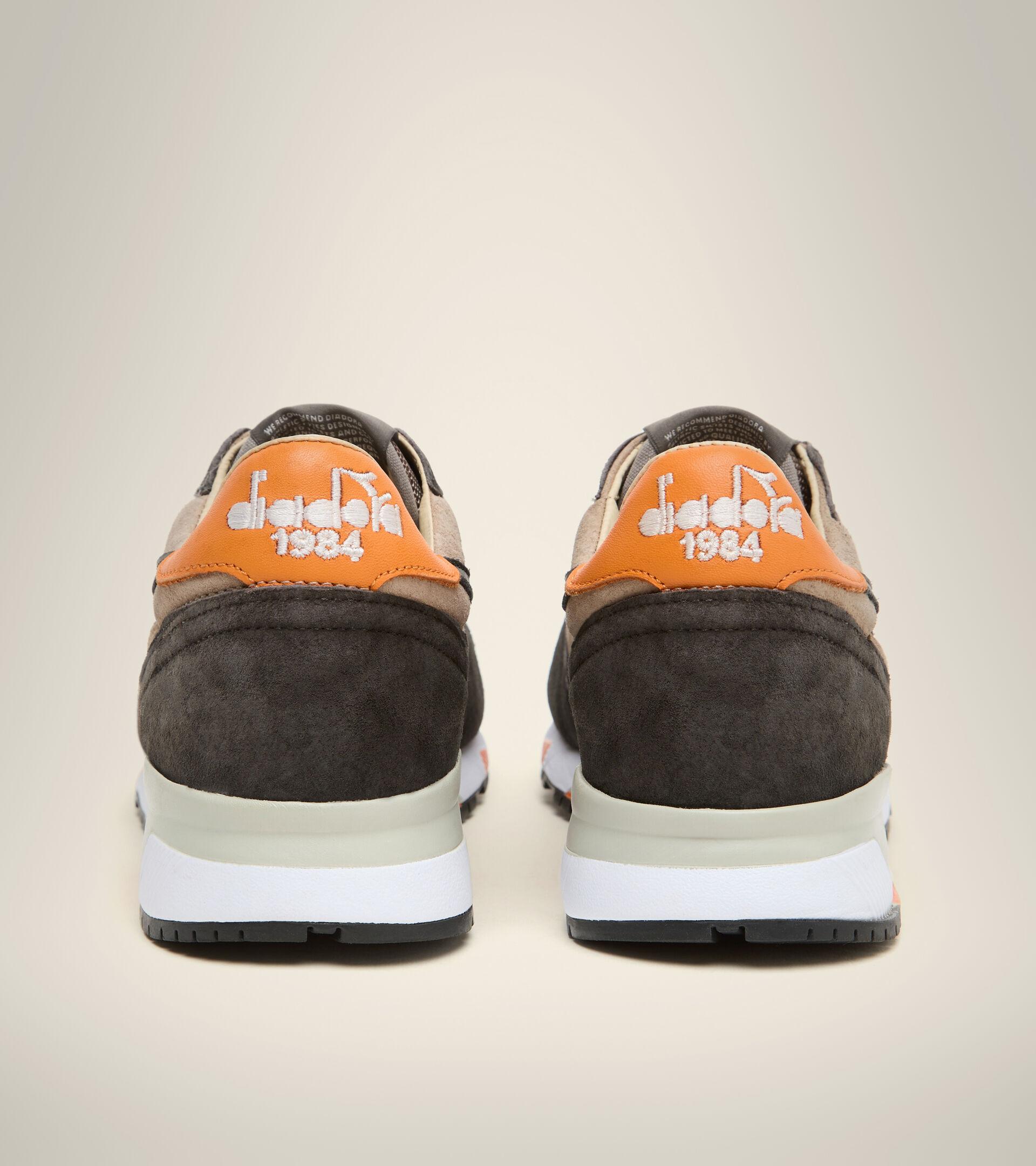 Footwear Heritage UOMO TRIDENT 90 SUEDE SW PLATA VISON Diadora