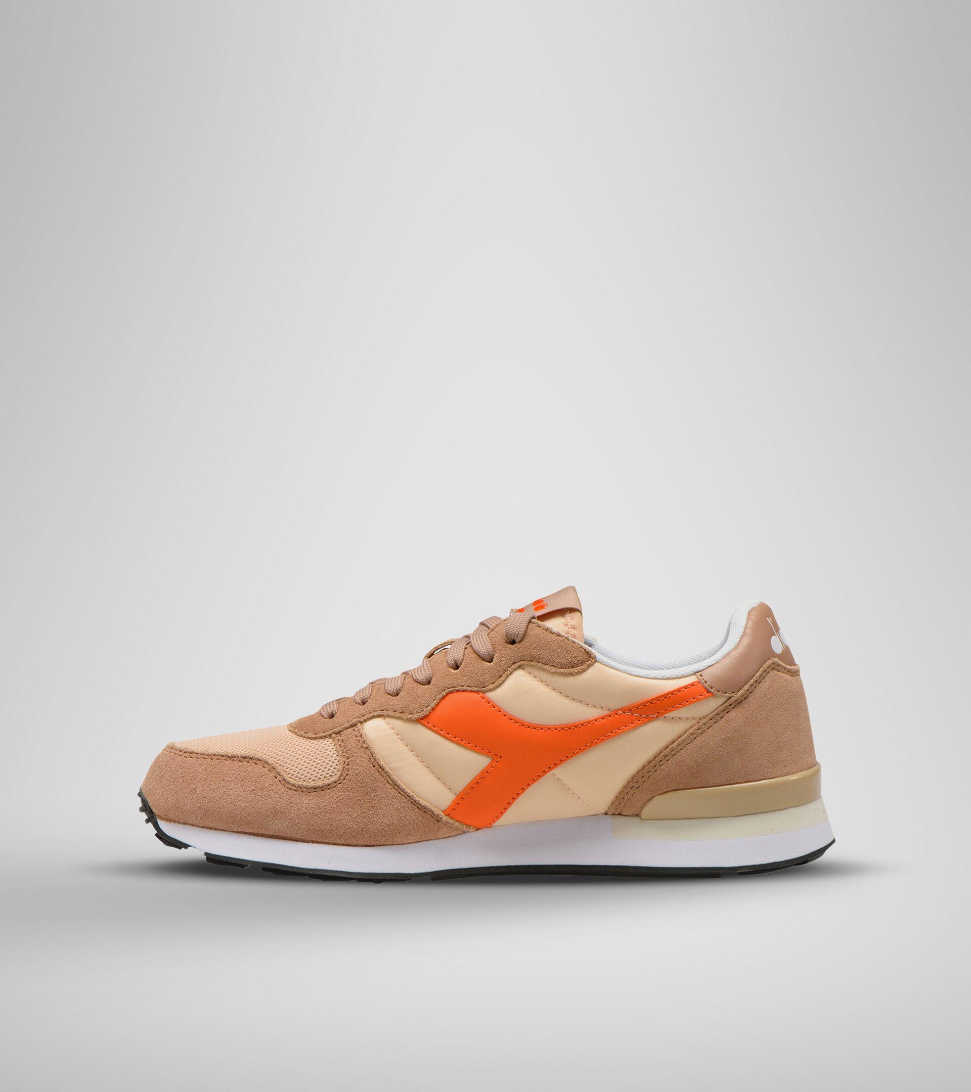 Footwear Sportswear UNISEX CAMARO MARRON CORZO/AMAPOLA DORADA Diadora