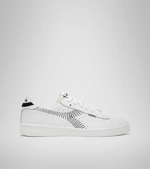 Footwear Sportswear DONNA GAME L LOW ZIG ZAG WN OPTICAL WHITE/BLACK Diadora