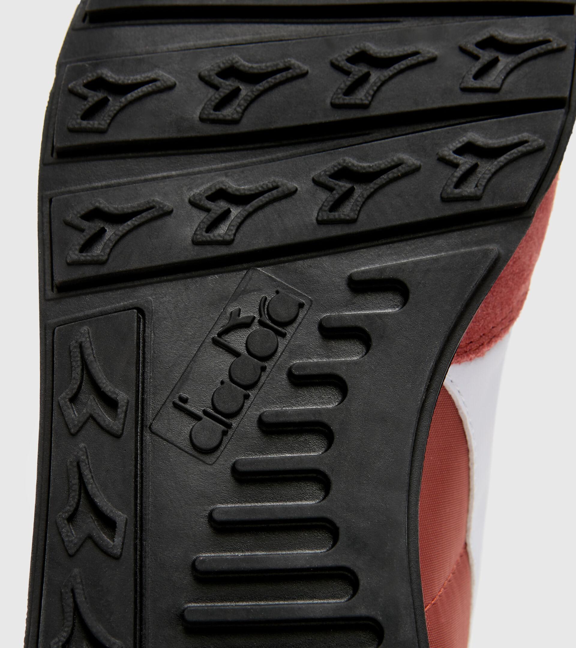 Zapatilla deportiva - Unisex CAMARO SALSA PICANTE - Diadora