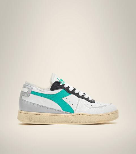 Footwear Heritage UNISEX MI BASKET ROW CUT BLCO/EDIFICIOS ALTOS/VRD PAVO Diadora