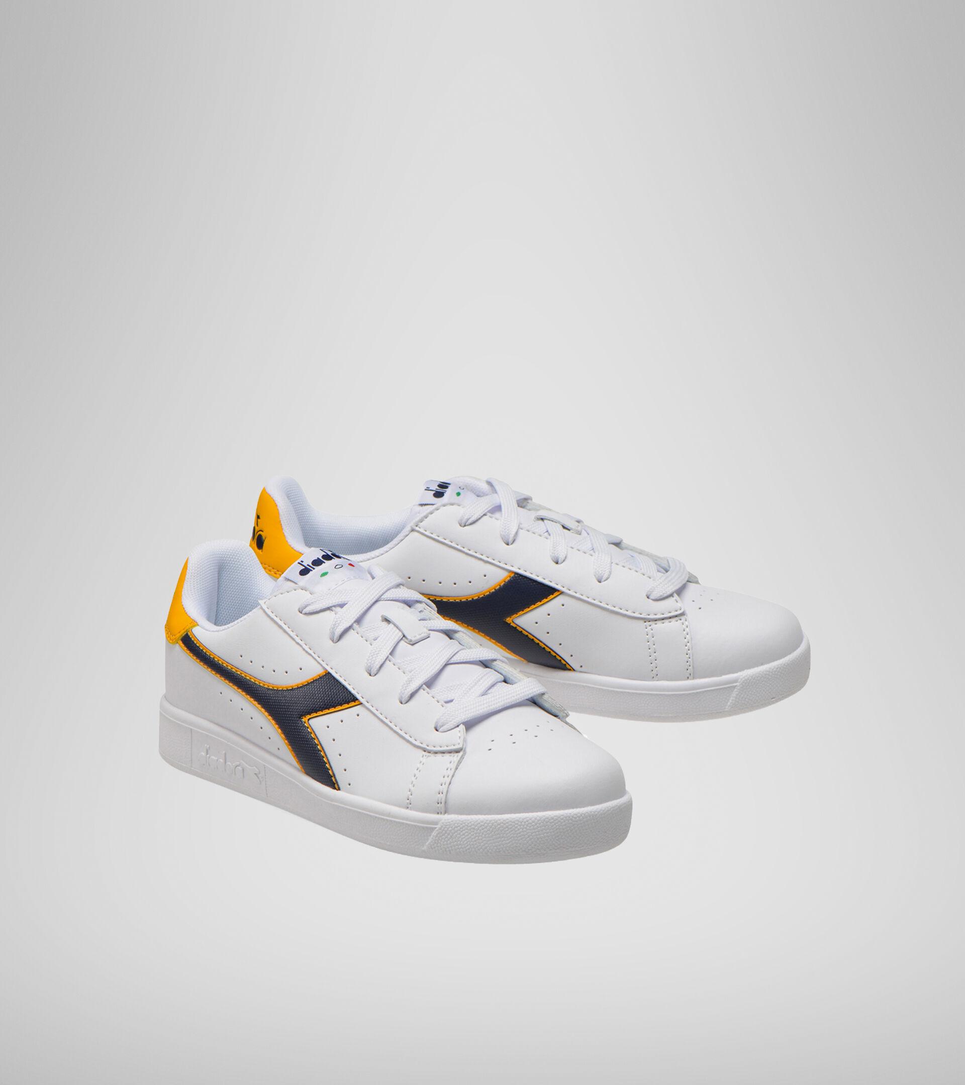 Footwear Sport BAMBINO GAME P GS BIANCO/BLU CORSARO/SOLE Diadora