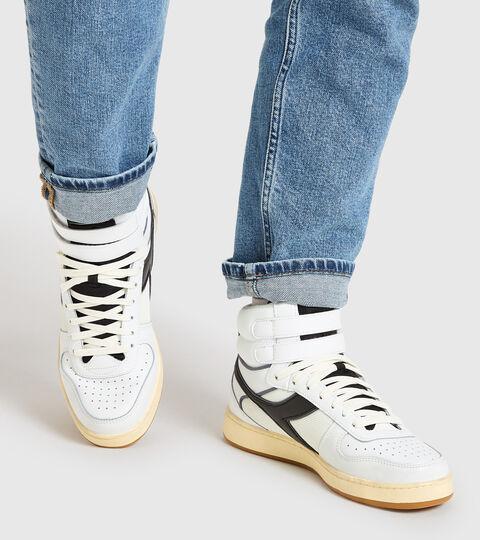Footwear Sportswear UNISEX MAGIC BASKET MID ICONA BLANCO/NEGRO Diadora