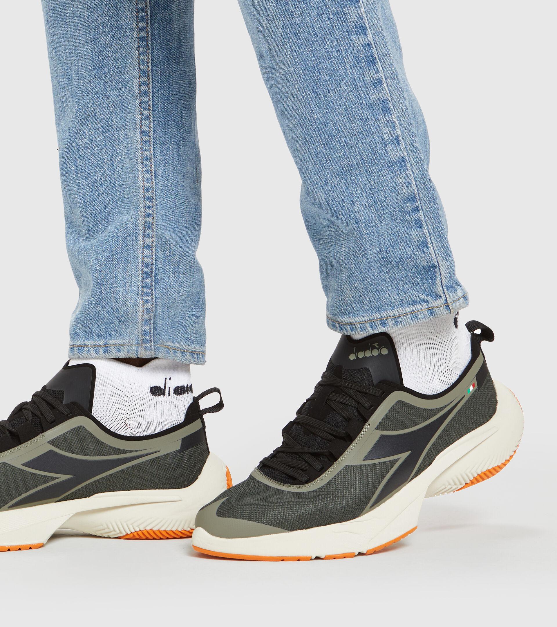 Footwear Sportswear UNISEX URBAN EQUIPE LIBRA VERDE TIMO Diadora