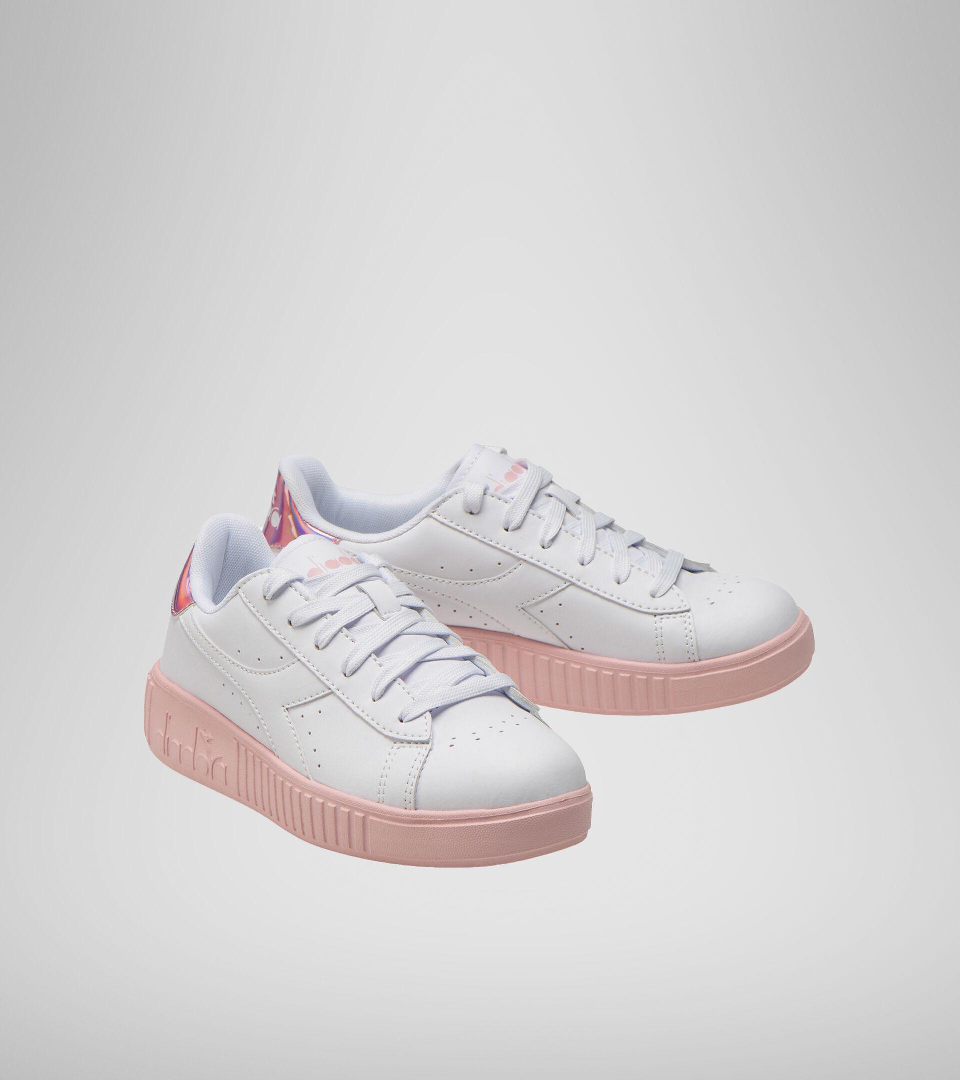 Footwear Sport BAMBINO GAME STEP GS WHITE/PINK PEACHSKIN Diadora