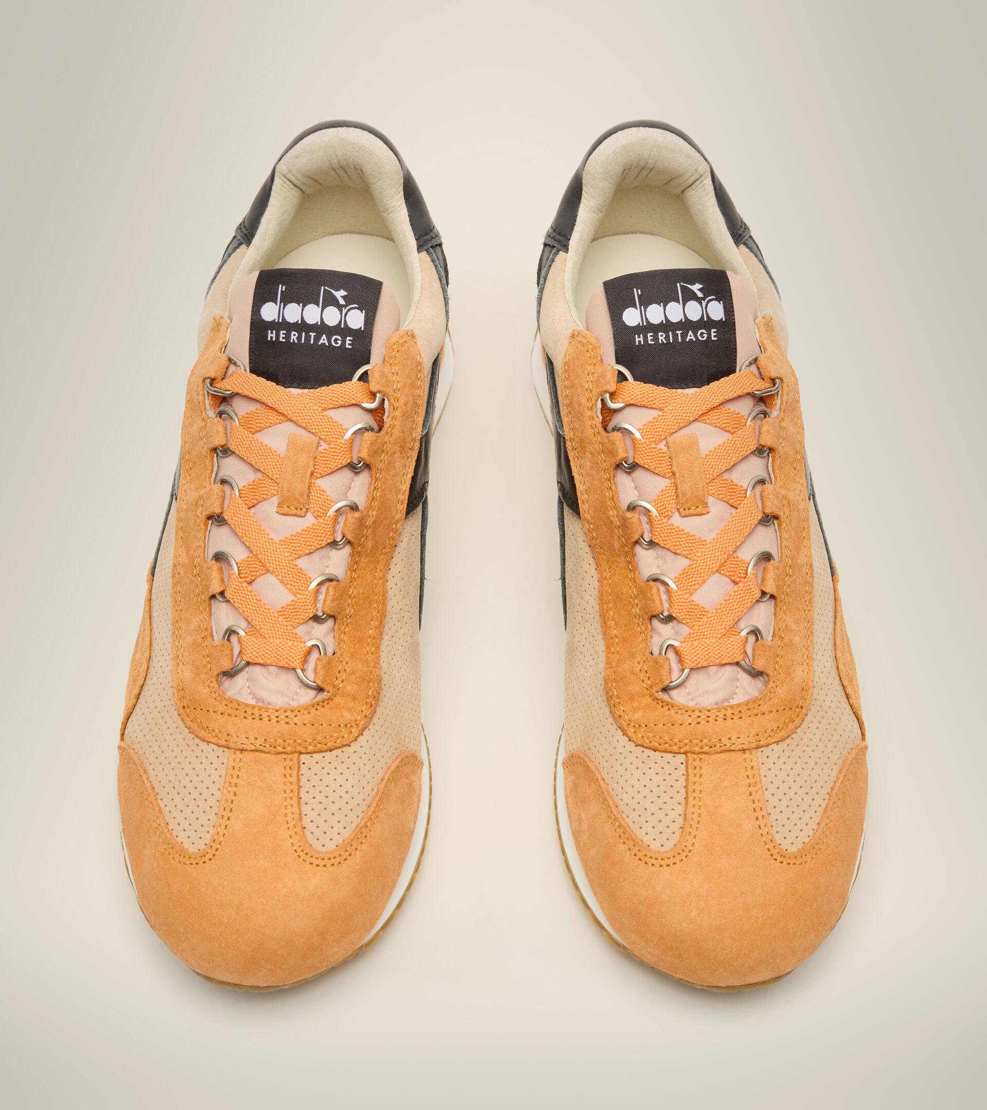 Footwear Heritage UNISEX EQUIPE SUEDE SW DESERT MIST Diadora