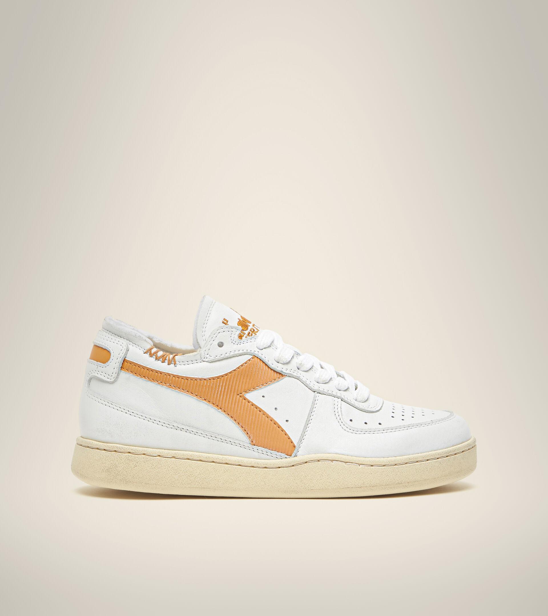 Heritage shoe - Unisex MI BASKET ROW CUT WHITE/NUGGET - Diadora
