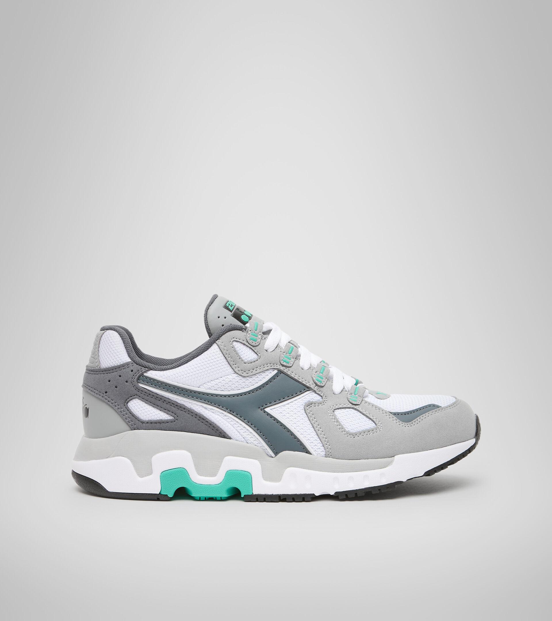 Footwear Sportswear UOMO MYTHOS SUEDE WHITE/GRIFFIN Diadora