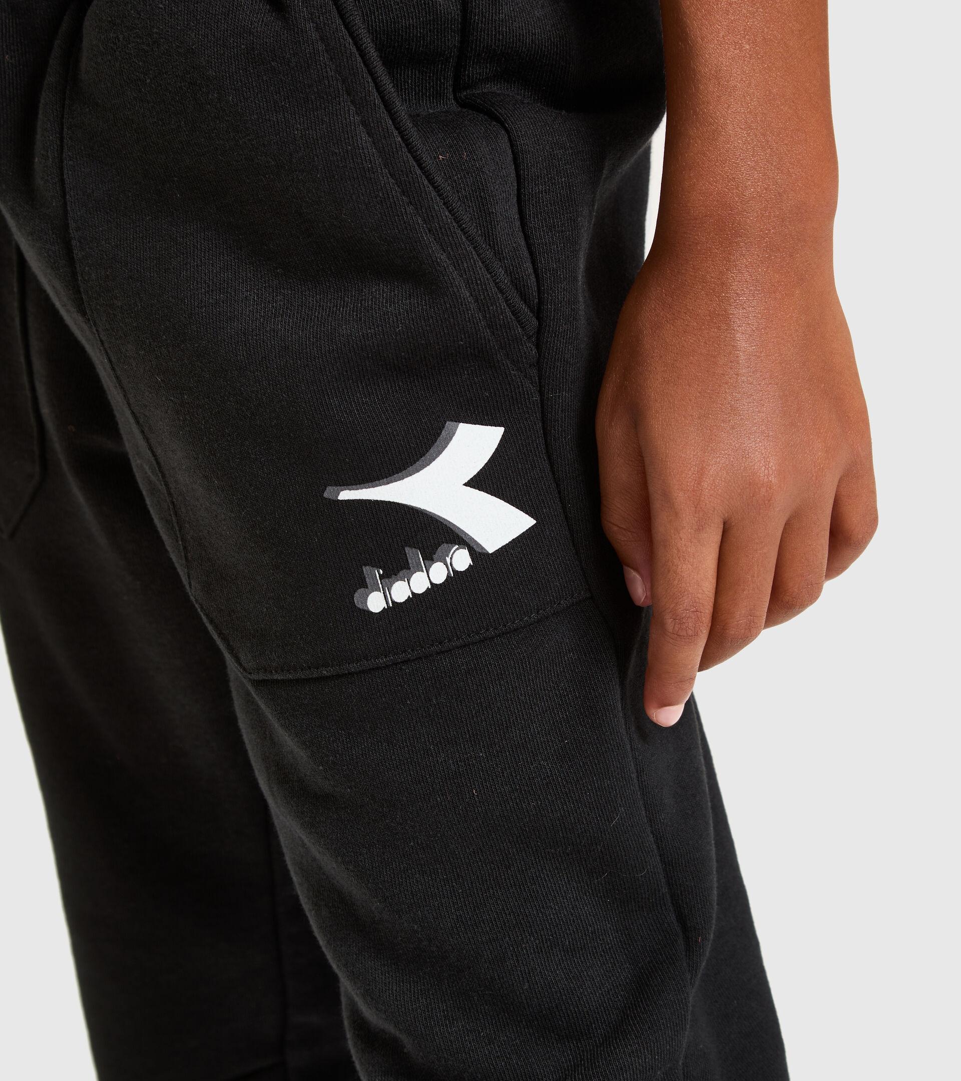 Apparel Sport BAMBINO JU. CUFF PANTS CUBIC BLACK Diadora