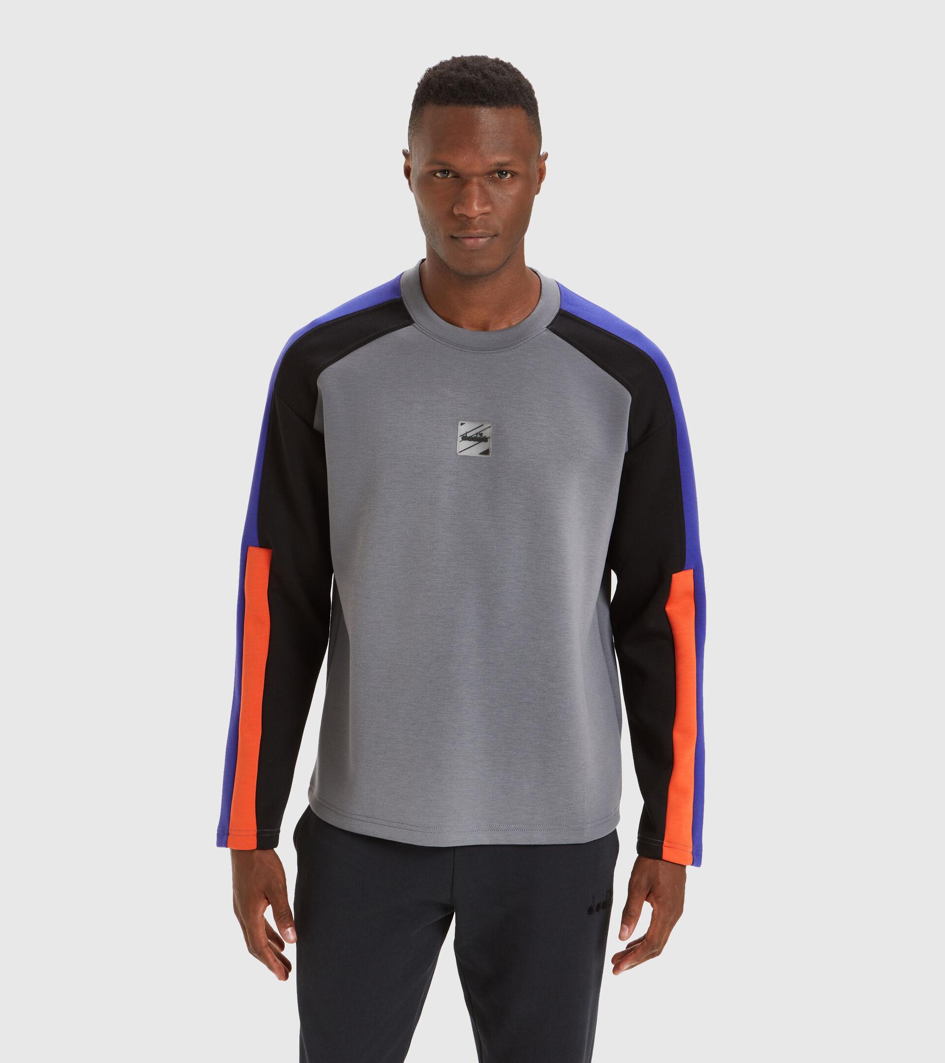Apparel Sportswear UOMO SWEATSHIRT CREW URBANITY GRIS ACERO Diadora