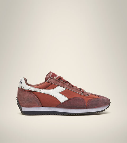 Footwear Heritage UNISEX EQUIPE H DIRTY STONE WASH EVO BURN RED Diadora