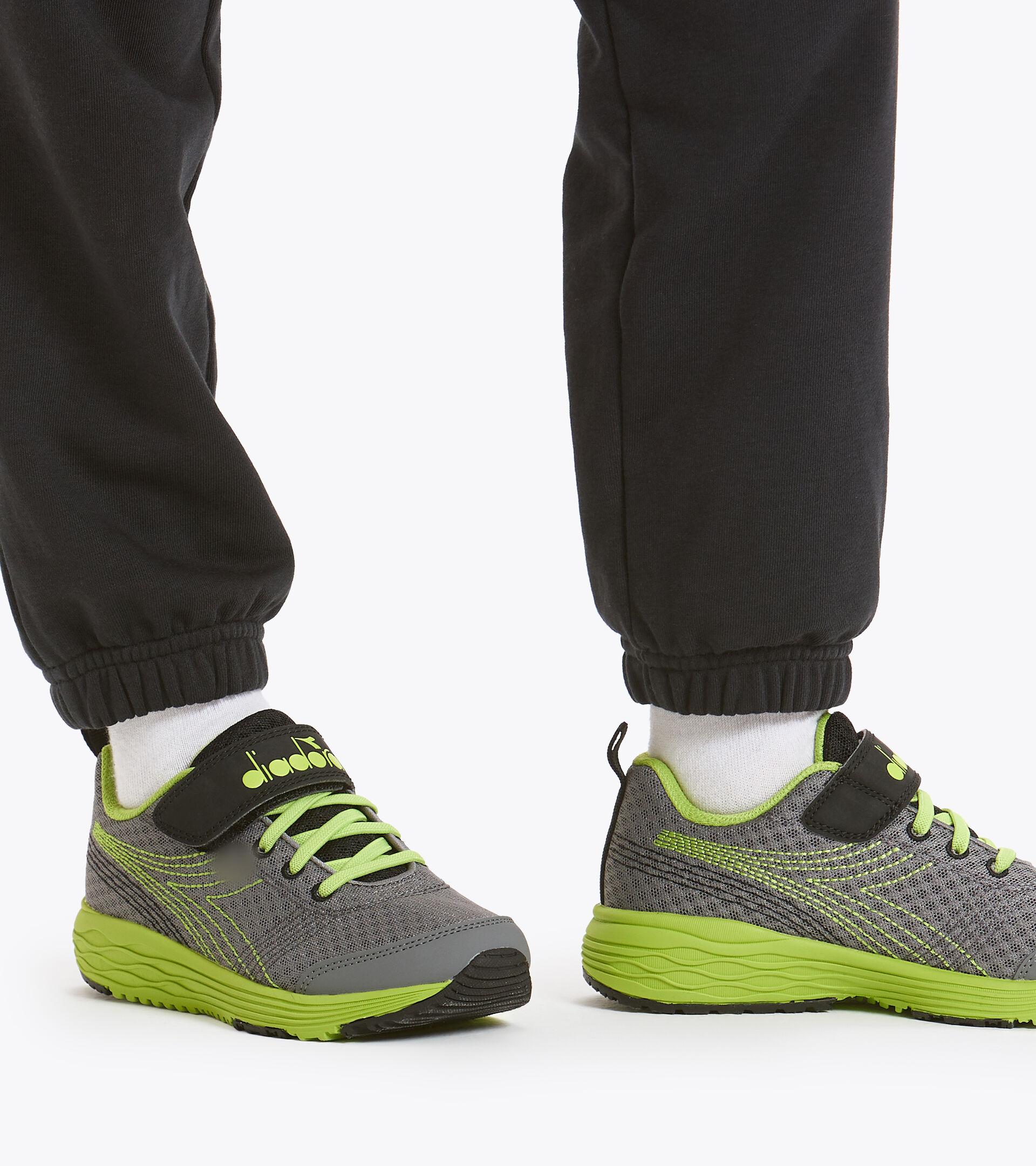 Footwear Sport BAMBINO FLAMINGO 6 JR STEEL GRAY/LIME PUNCH Diadora