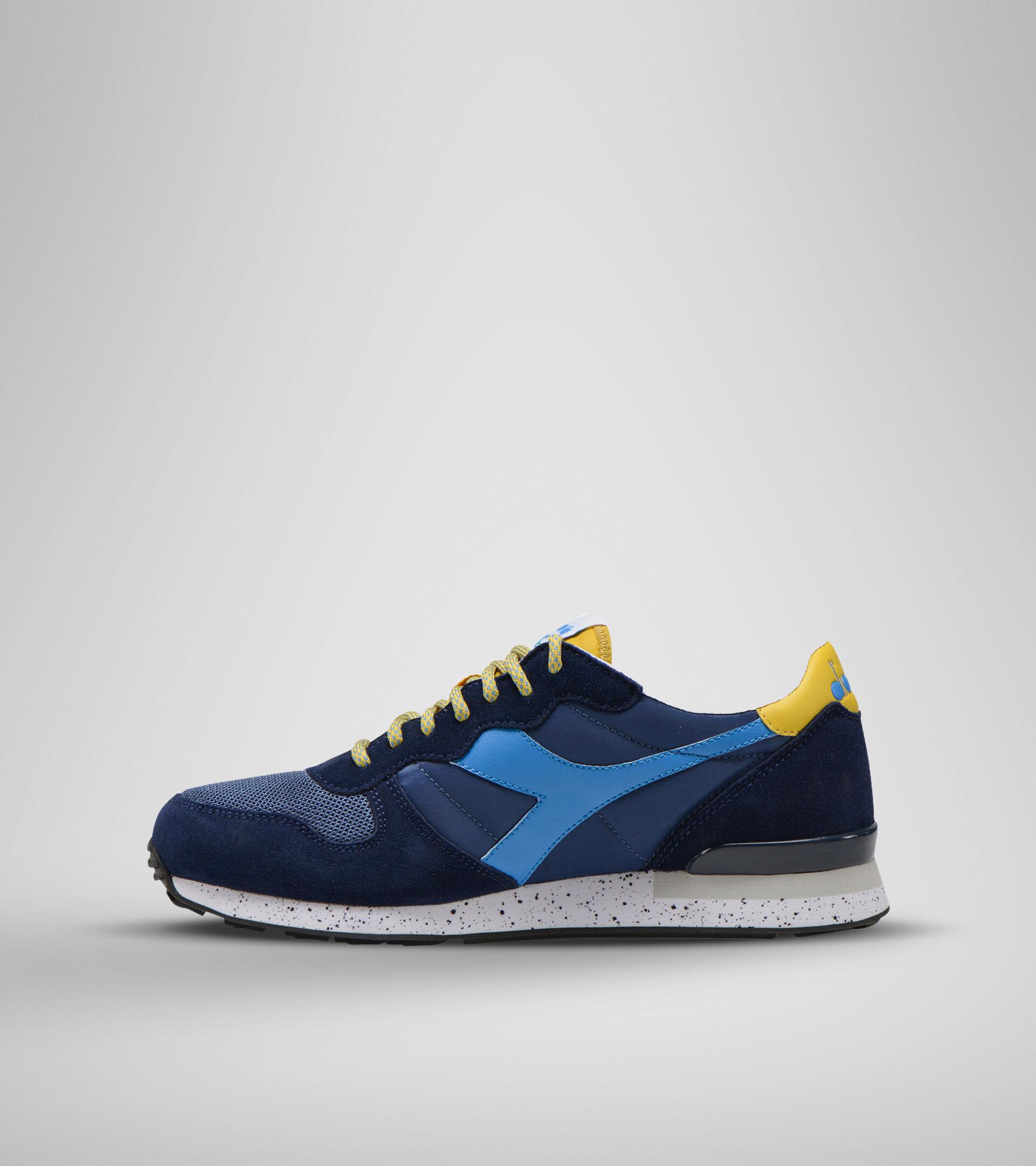 Footwear Sportswear UNISEX CAMARO OUTDOOR AZUL BANDERIN/AZUL AZURE/AMARI Diadora