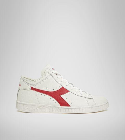 Sports shoe -Unisex GAME L WAXED ROW CUT WHITE/RED PEPPER - Diadora