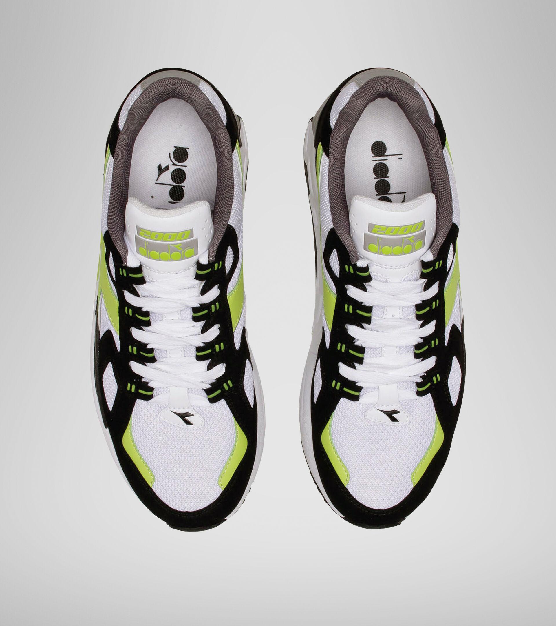 Sports shoe - Men MYTHOS SUEDE WHITE/ACID GREEN - Diadora
