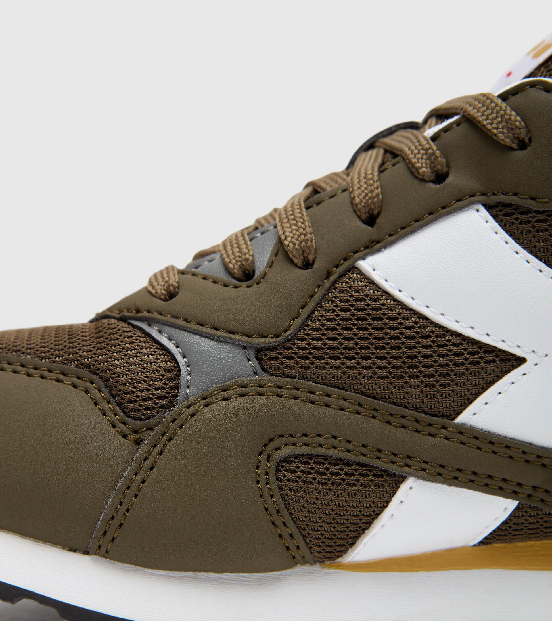 Chaussures de sport - Jeunes 8-16 ans N.92 GS OLIVE FONCE - Diadora