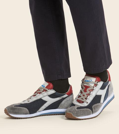 Footwear Heritage UNISEX EQUIPE H DIRTY STONE WASH EVO BLU MARE BERING Diadora