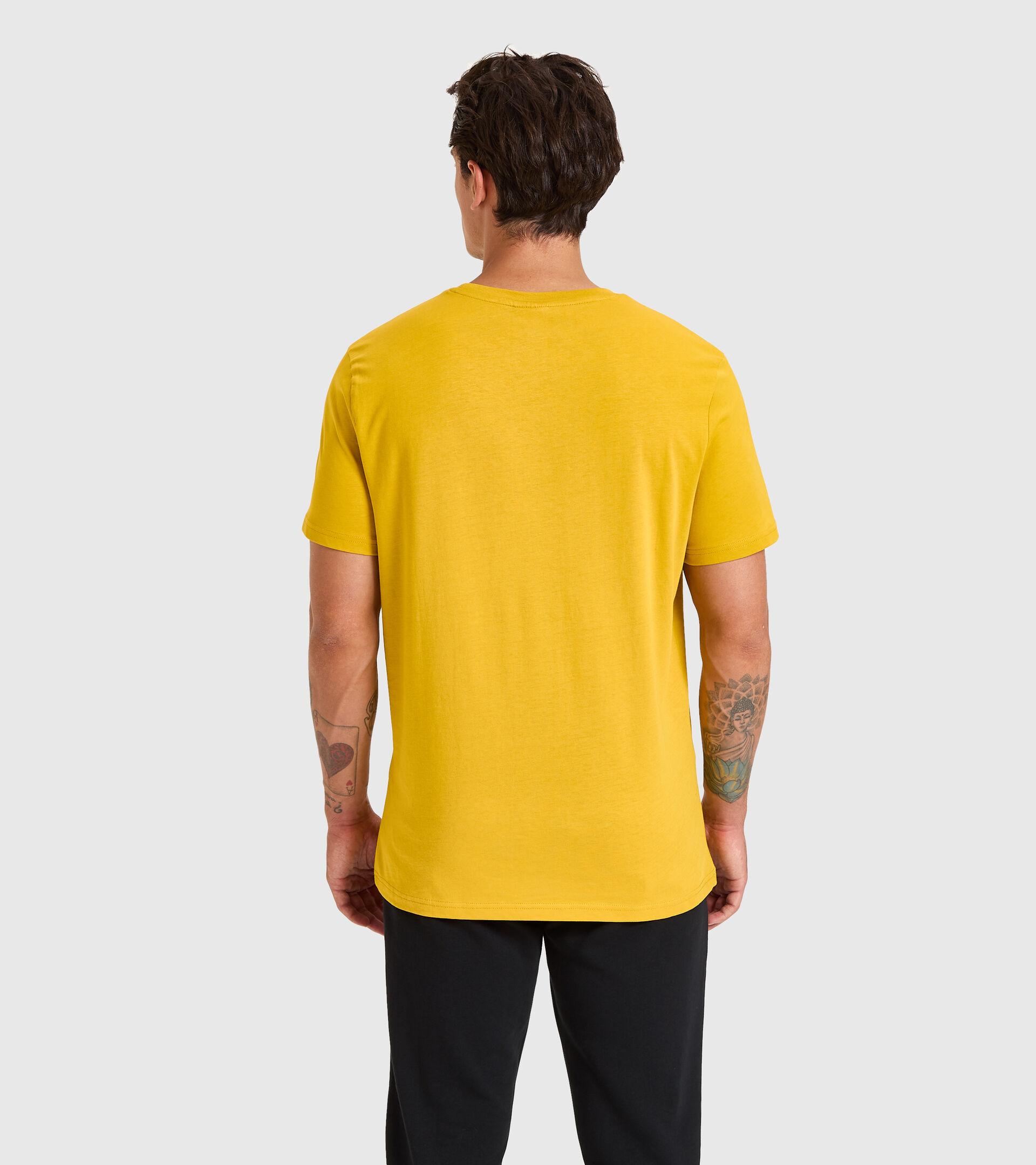 Camiseta - Hombre T-SHIRT SS CHROMIA OLIVO LEONADO - Diadora