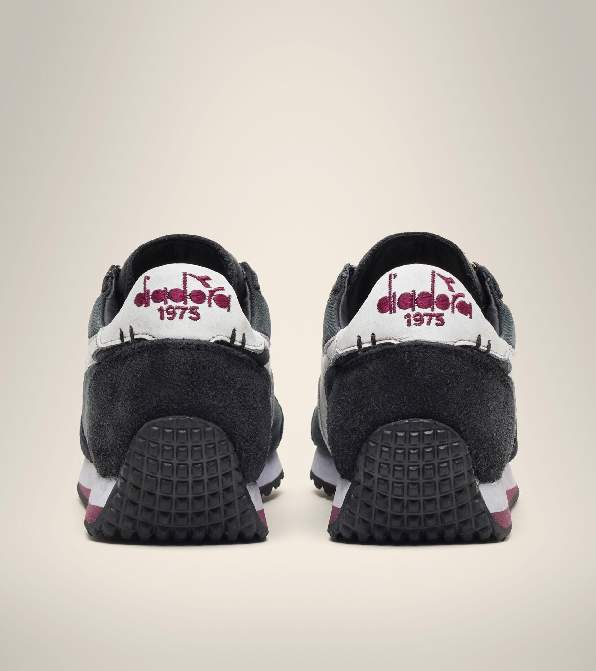 Footwear Heritage UNISEX EQUIPE H DIRTY STONE WASH EVO TINTA NEGRA Diadora