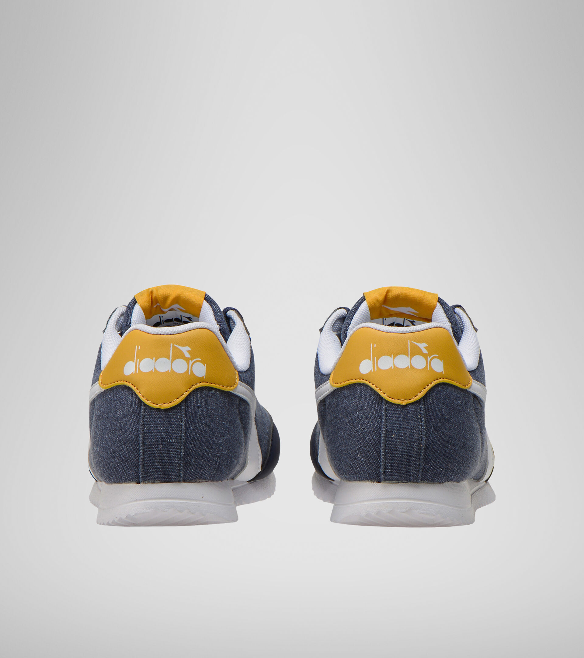 Footwear Sport BAMBINO JOG LIGHT GS LIRIO NEGRO/ALBARICOQUE DORADO Diadora