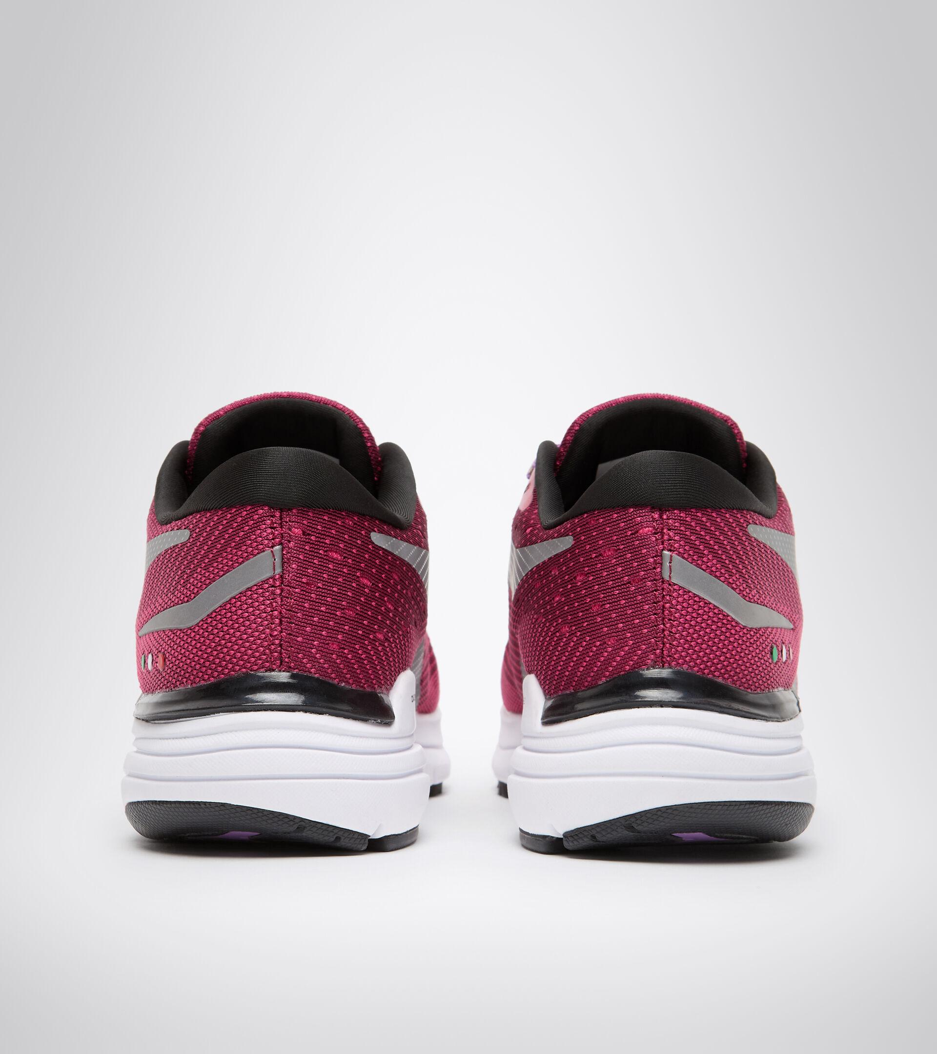 Running shoe - Women MYTHOS BLUSHIELD 6 W RHODODENDRON/JAZZY - Diadora