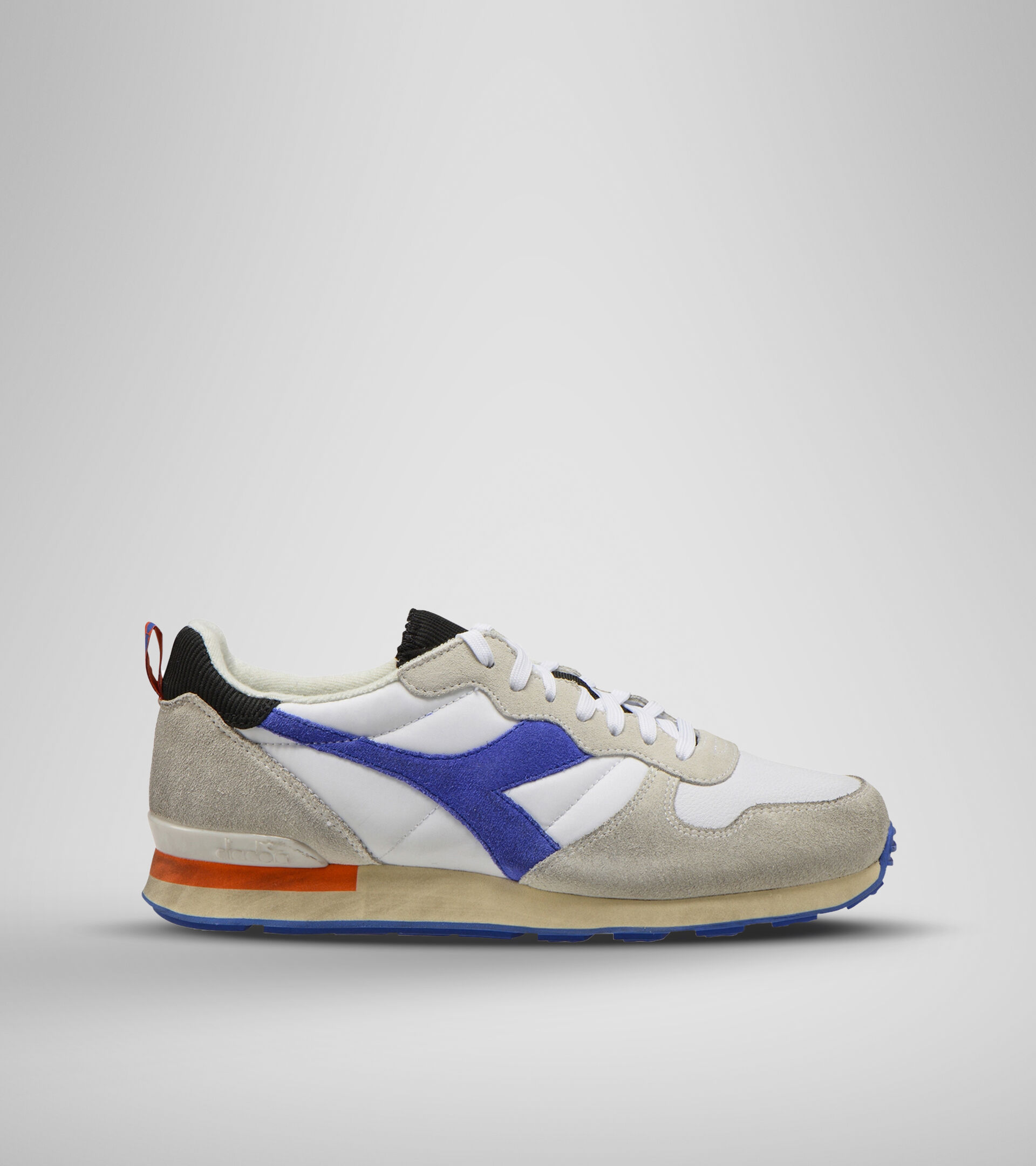 Footwear Sportswear UNISEX CAMARO ICONA WHITE/AMPARO BLUE/ORANGEADE Diadora