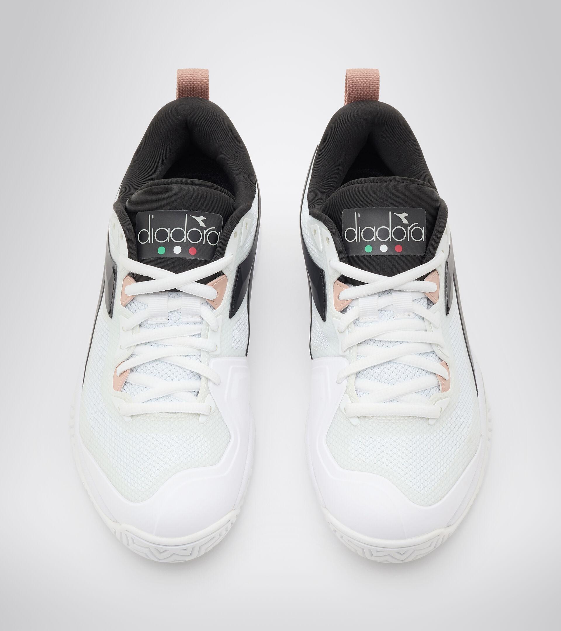 Footwear Sport DONNA SPEED BLUSHIELD 5 W AG WHITE/SILVER/BLACK. Diadora