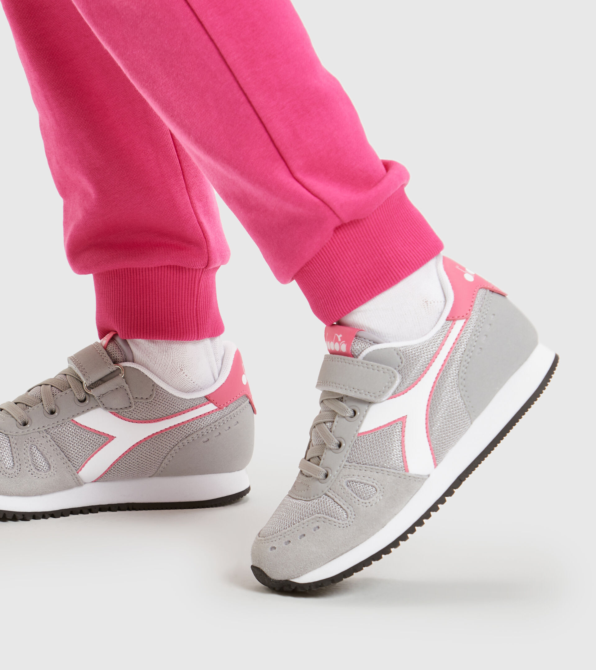 Zapatilla deportiva - Niños 4-8 años SIMPLE RUN PS GRIS PALOMA - Diadora