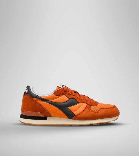 Footwear Sportswear UNISEX CAMARO LLAMA DORADA/SOL DEL DIESERTO/ Diadora