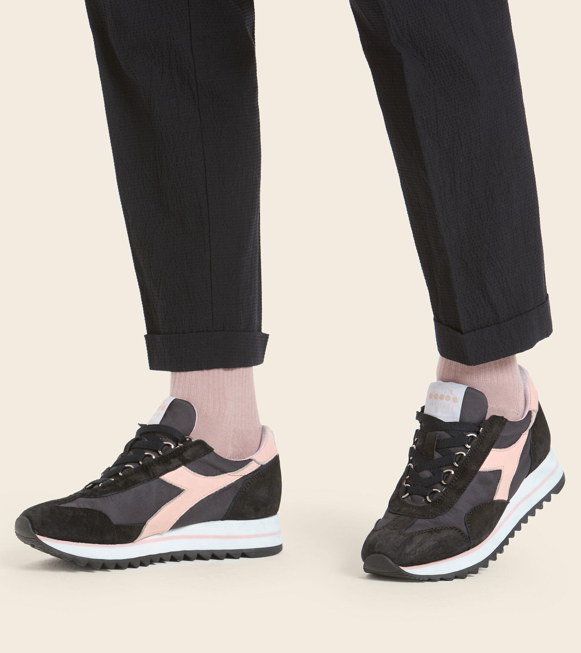 Footwear Heritage DONNA EQUIPE SUEDE SW EVO WN BLU MAIOLICA Diadora