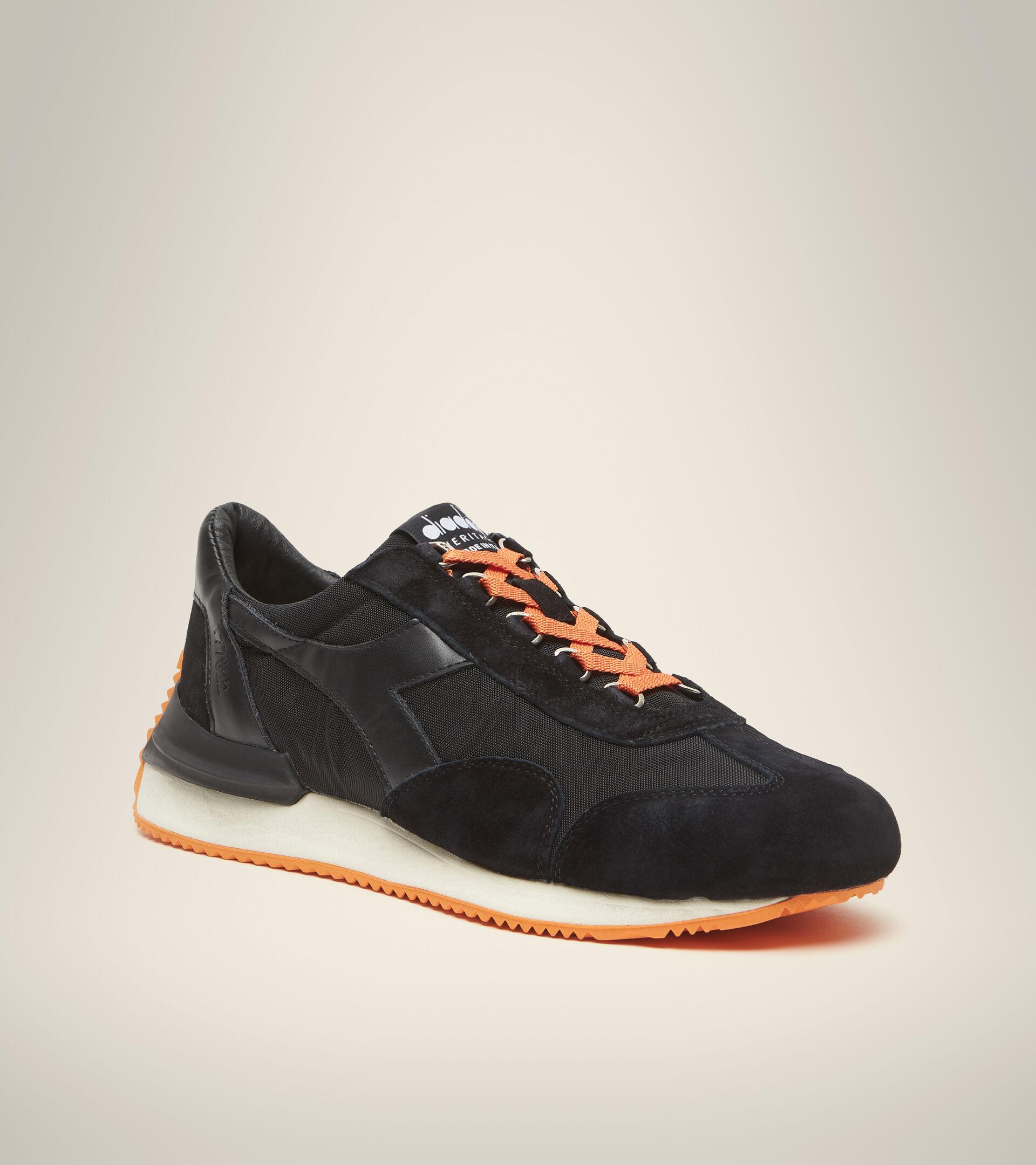 Heritage-Schuh Made in Italy - Unisex EQUIPE MAD ITALIA NUBUCK SW SCHWARZ - Diadora