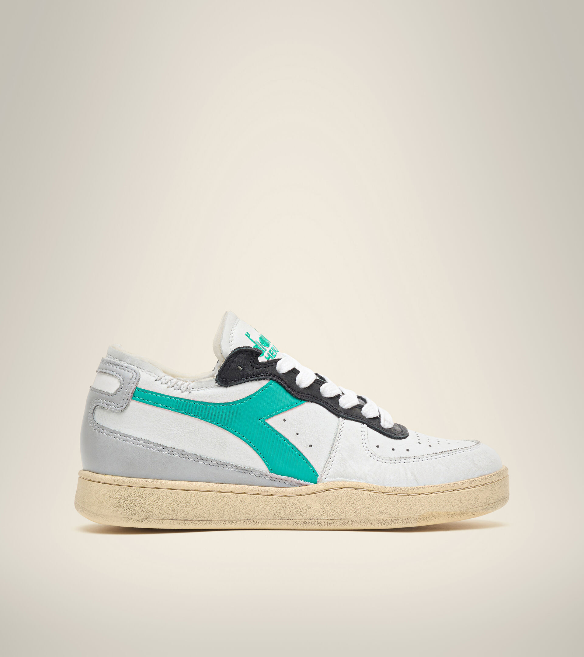 Footwear Heritage UNISEX MI BASKET ROW CUT BCO/GR GRATTACIELO/VRD CODA PA Diadora