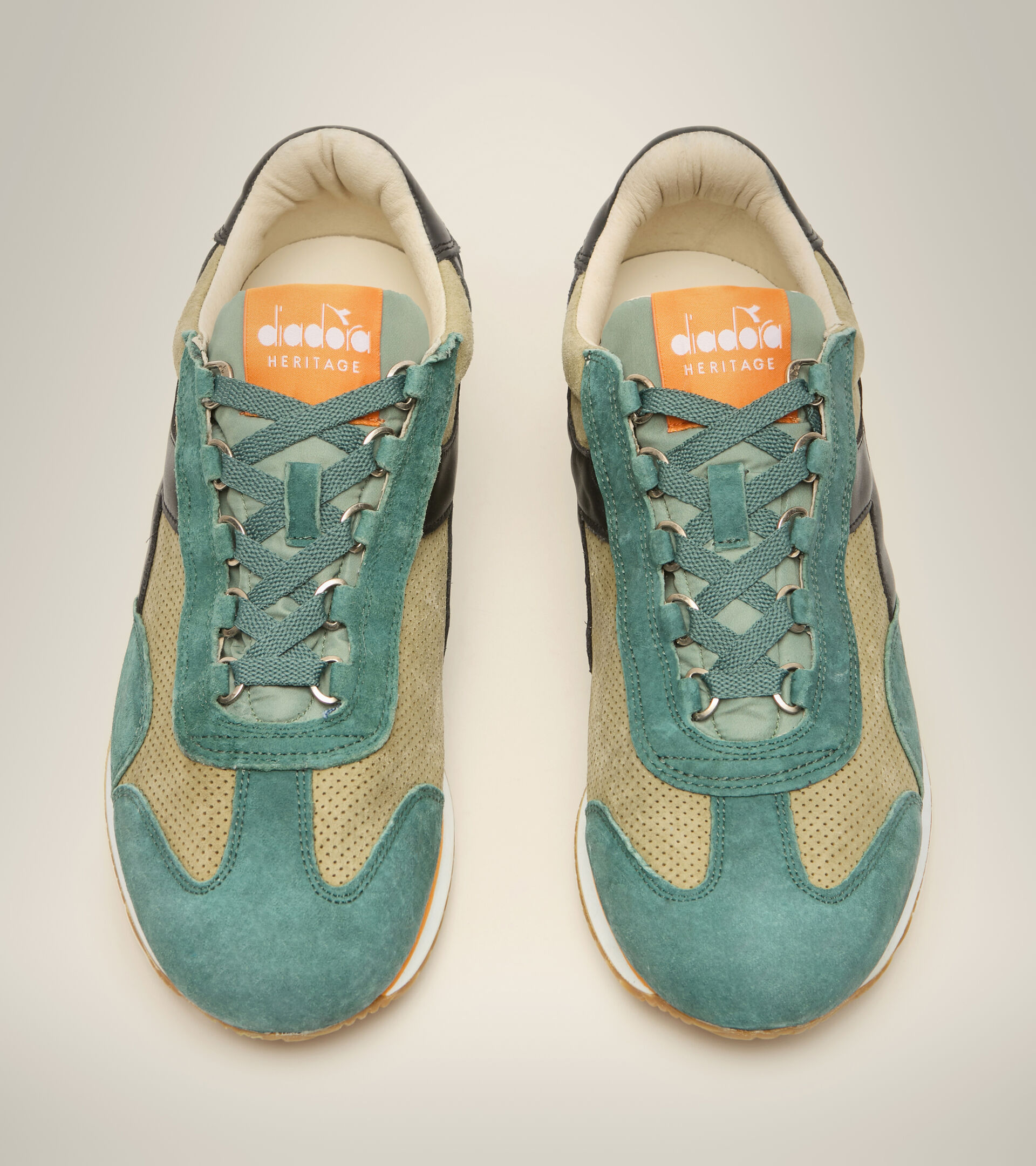 Footwear Heritage UNISEX EQUIPE SUEDE SW VERDE ACEITE Diadora