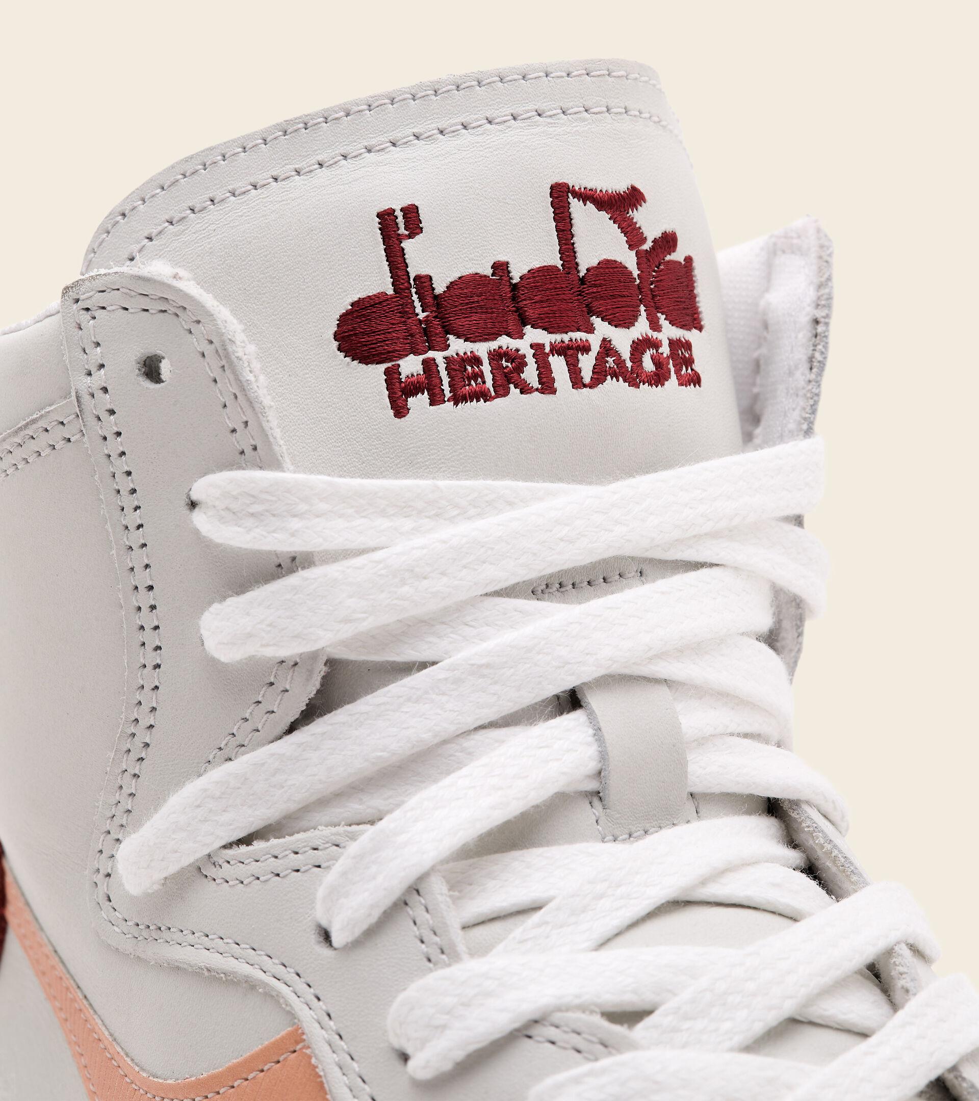 Heritage Trainer - Unisex MI BASKET USED WHITE/PEACH NOUGAT - Diadora