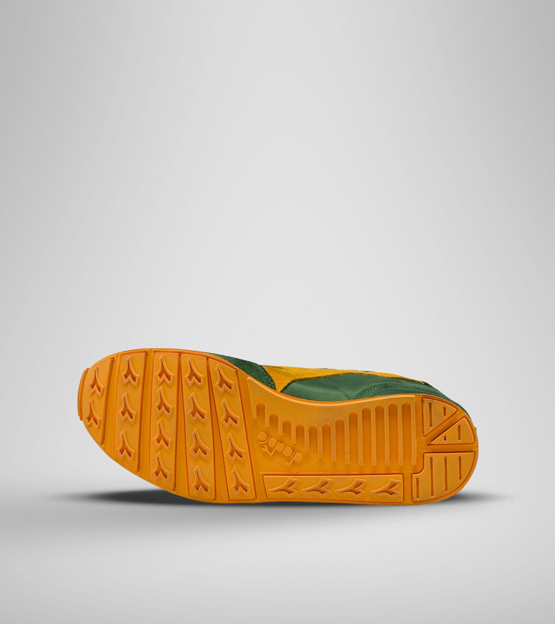Footwear Sportswear UNISEX CAMARO ICONA GREENER PASTURES/CITRUS Diadora