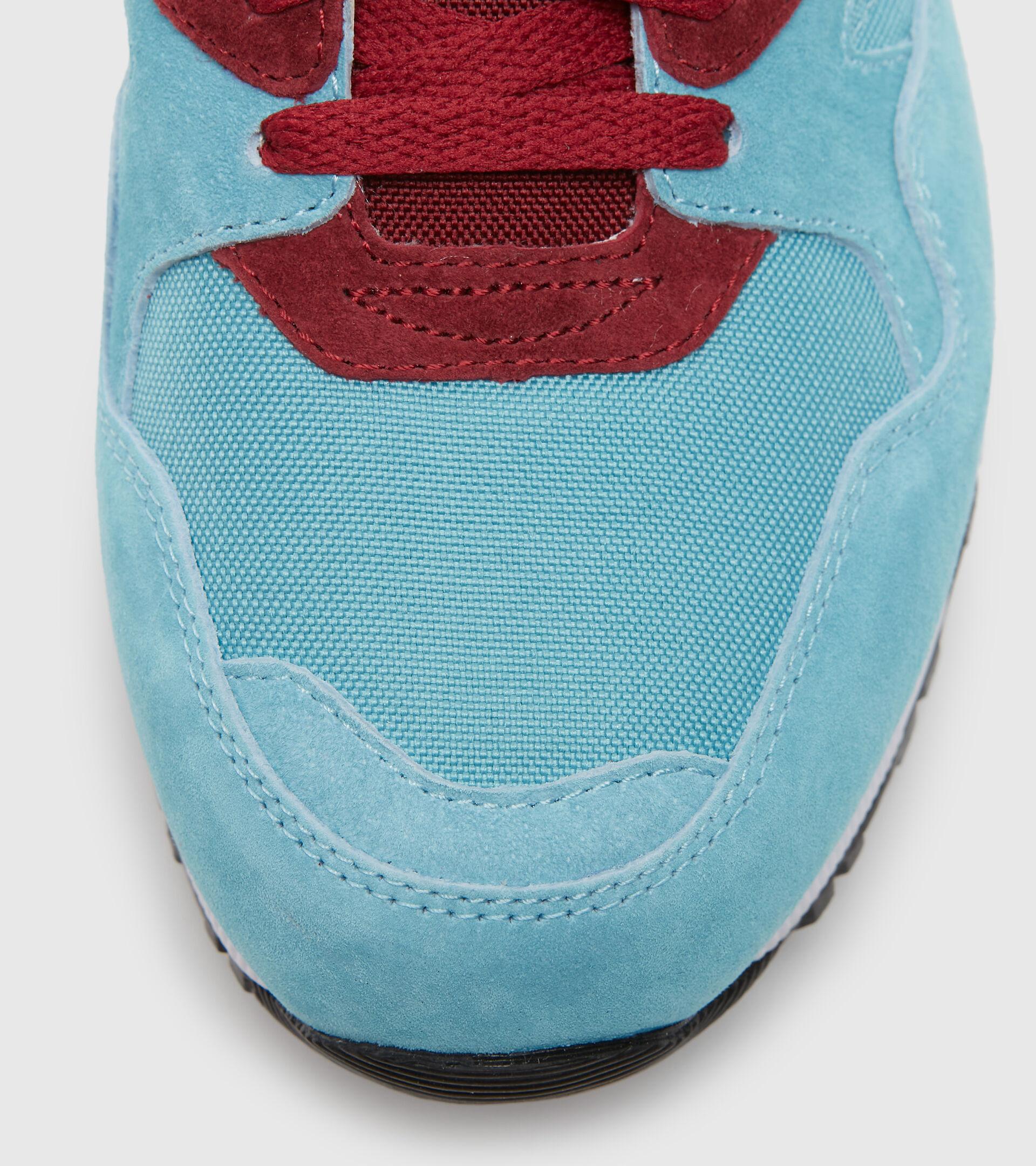Footwear Sportswear UOMO N9002 OVERLAND AZZURRO VERDASTRO Diadora