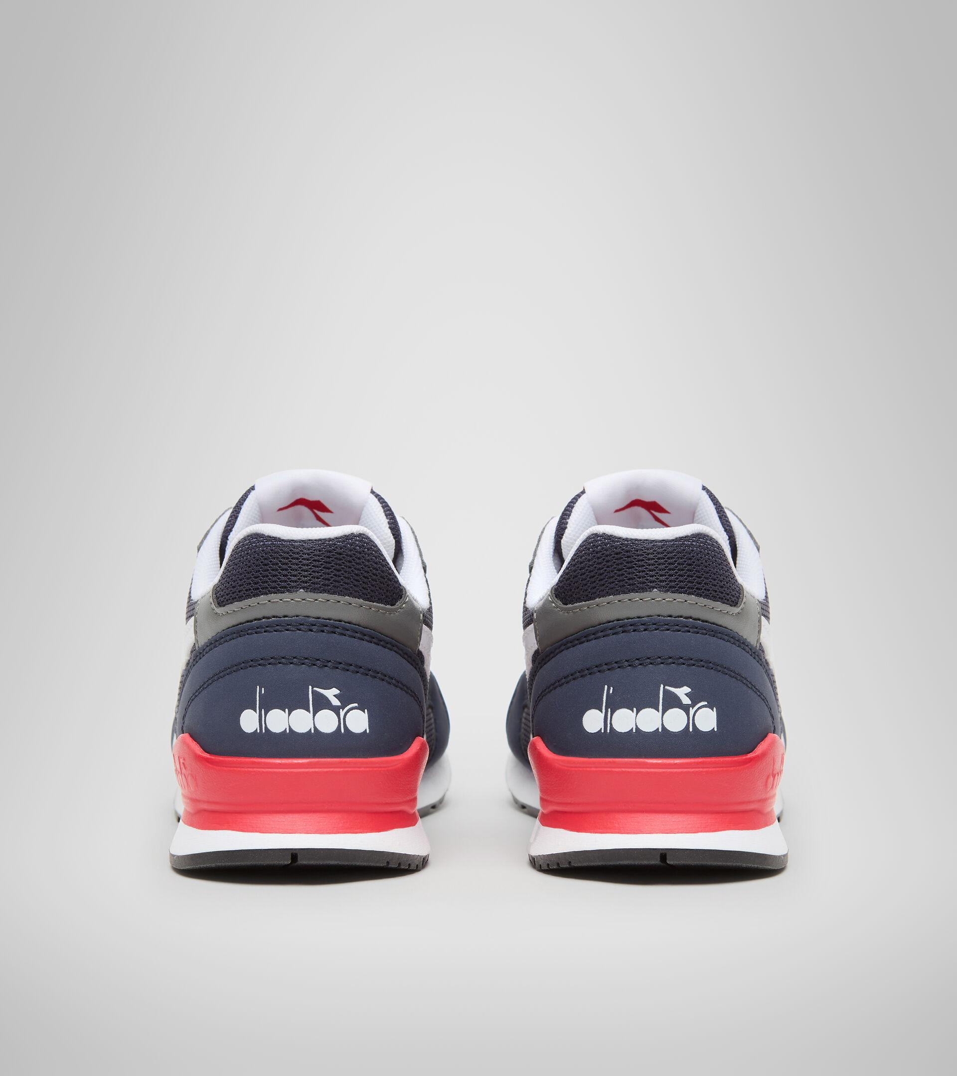 Footwear Sport BAMBINO N.92 GS BLUE CORSAIR Diadora