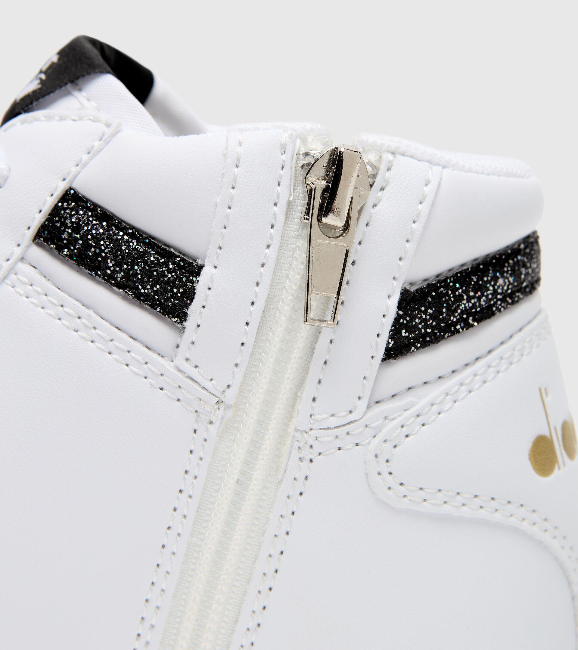 Chaussures de sport - Jeunes 8-16 ans GAME P HIGH GIRL GS BIANCO/NERO/ORO - Diadora