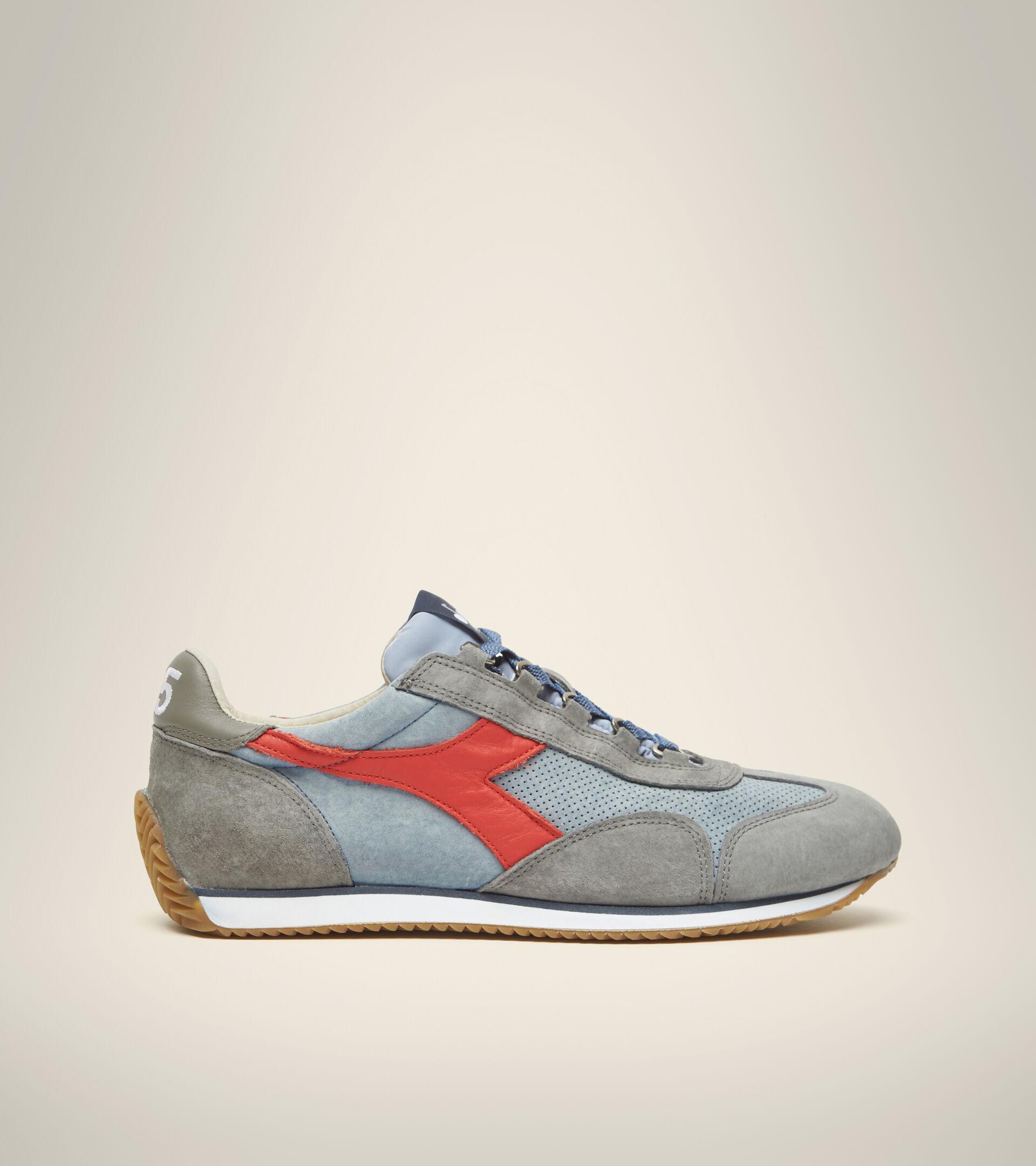 Footwear Heritage UNISEX EQUIPE SUEDE SW FADED DENIM BLUE Diadora