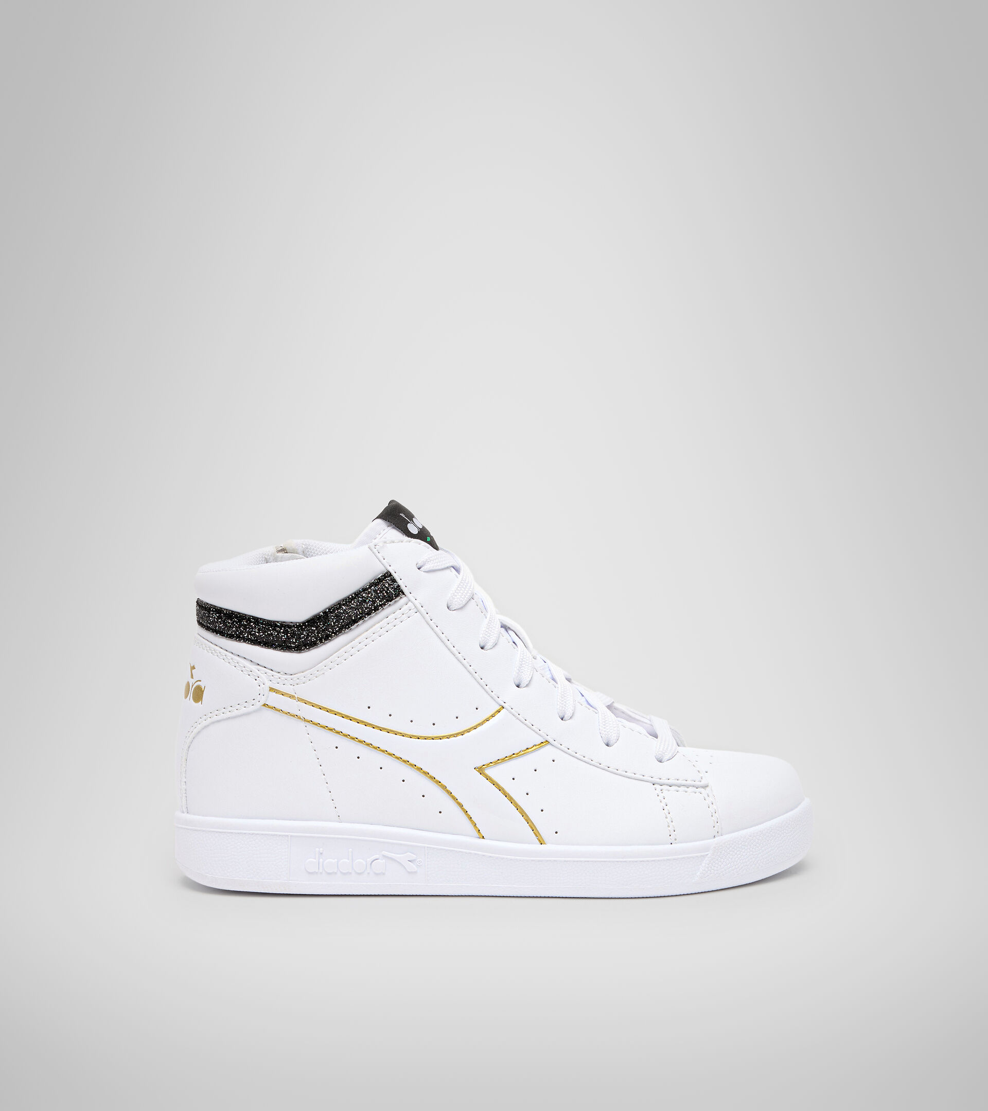 Sports shoes - Youth 8-16 years GAME P HIGH GIRL GS WHITE/BLACK/GOLD - Diadora