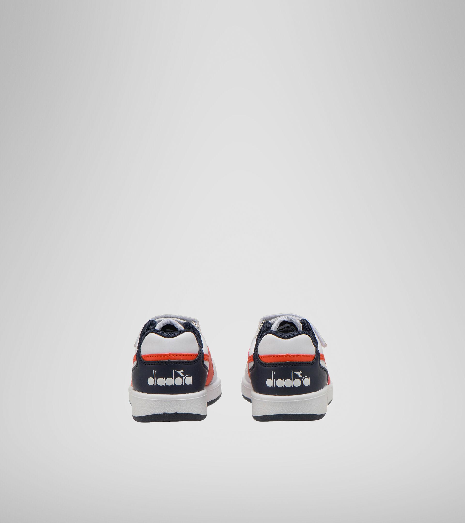 Footwear Sport BAMBINO PLAYGROUND PS WHITE/FIESTA/BLACK IRIS Diadora