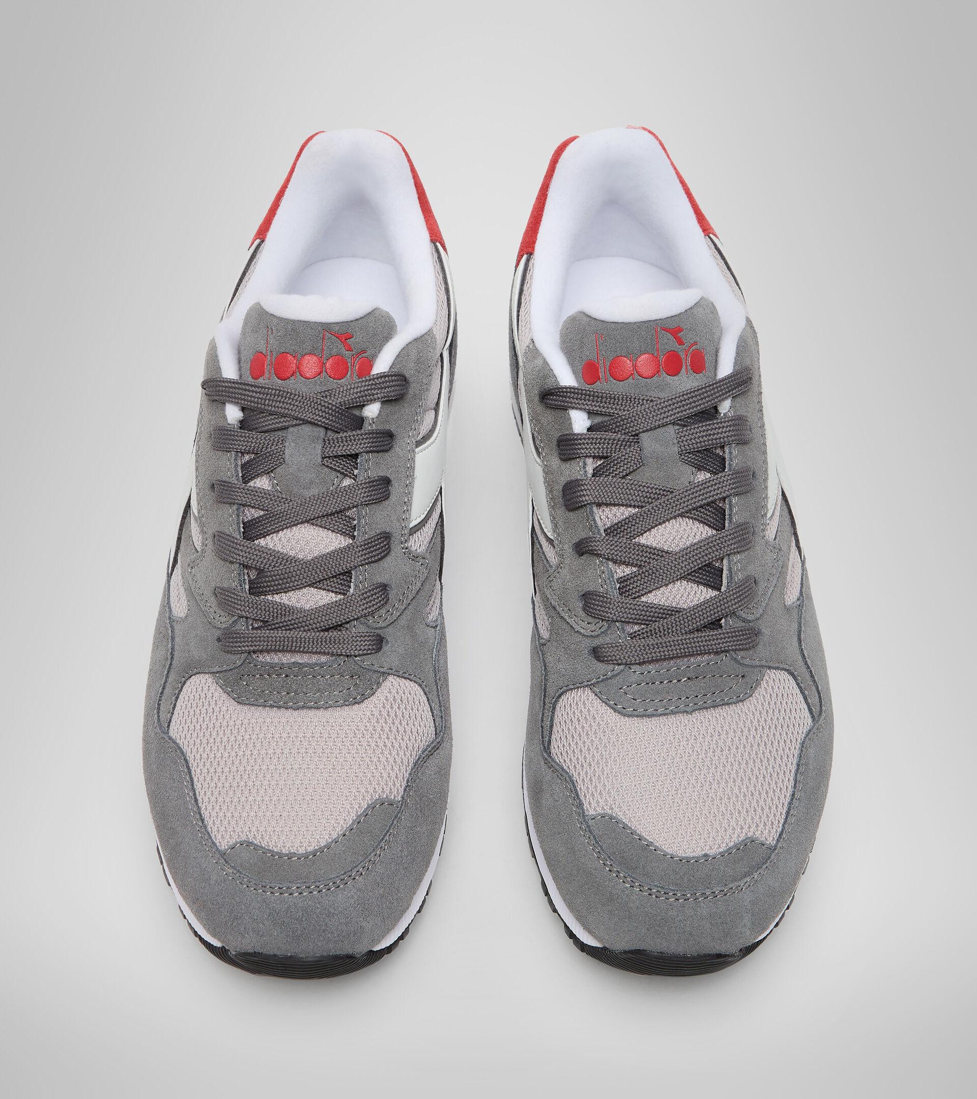 Footwear Sportswear UNISEX N902 S GRIS CARBON Diadora