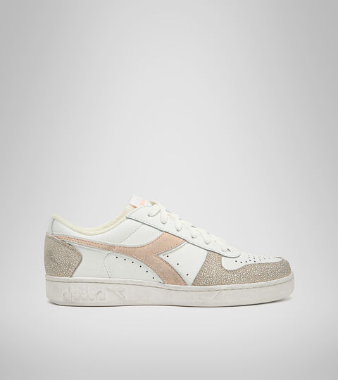 Footwear Sportswear DONNA MAGIC BASKET LOW ICONA WN BLANCO/ROSA PASTELES BRONCEADO Diadora