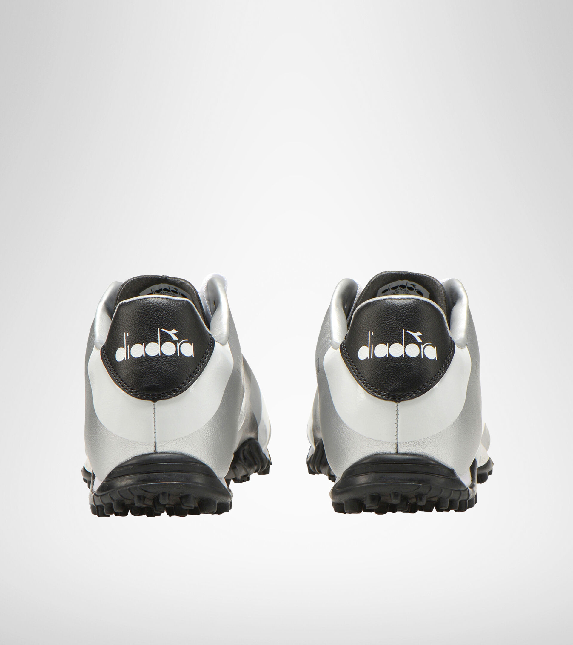 Hard ground and artificial turf football boot RAPTOR R TF WHITE/BLACK/SILVER DD - Diadora