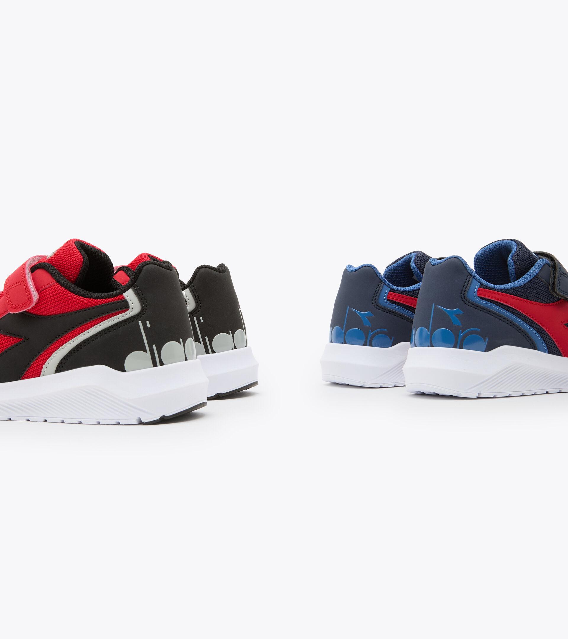 Footwear Sport BAMBINO FALCON JR V HIGH RISK RED/BLACK/WHIE Diadora