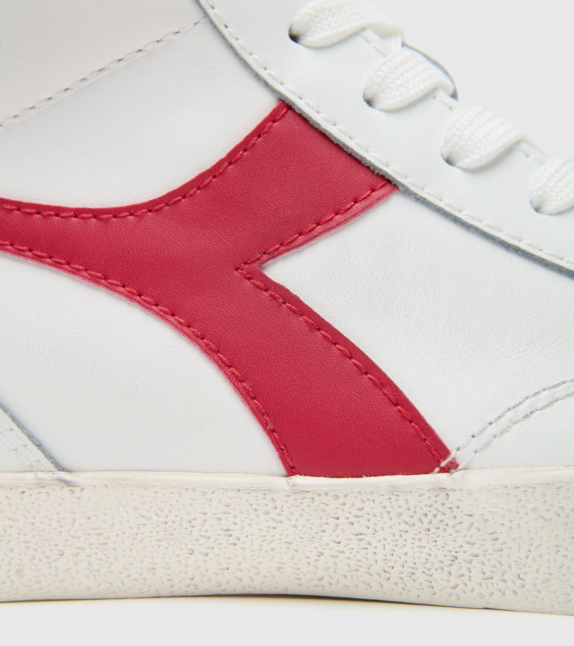 Footwear Sportswear UNISEX MELODY MID LEATHER DIRTY WHITE/TANGO RED Diadora