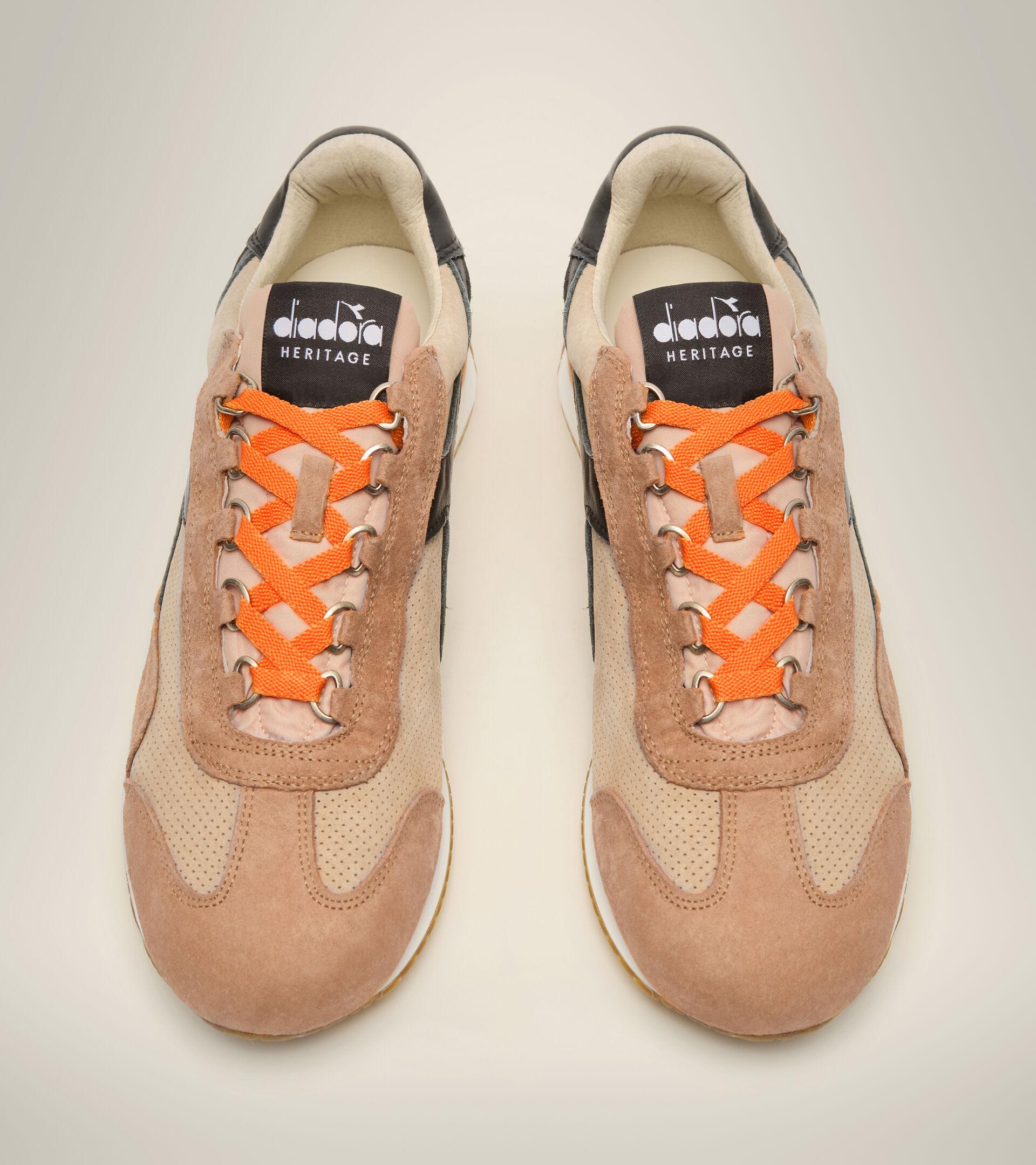 Heritage shoe - Unisex EQUIPE SUEDE SW DESERT MIST - Diadora