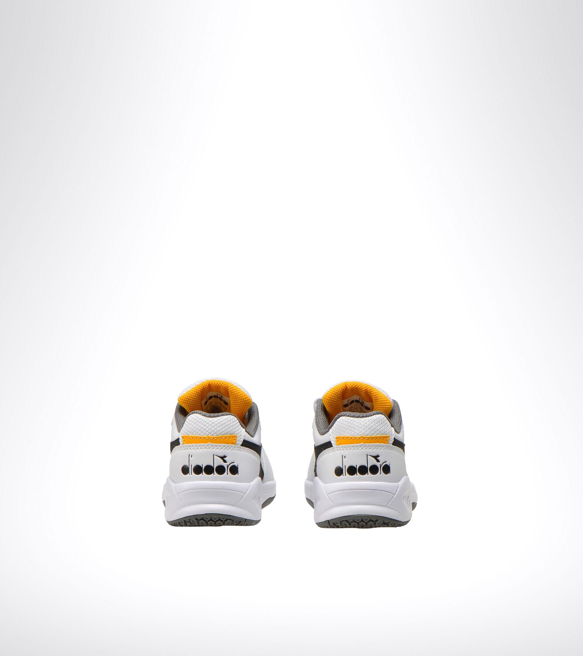 Footwear Sport BAMBINO S. CHALLENGE 3 SL JR BIANCO/NERO/GIALLO ZAFFERANO Diadora