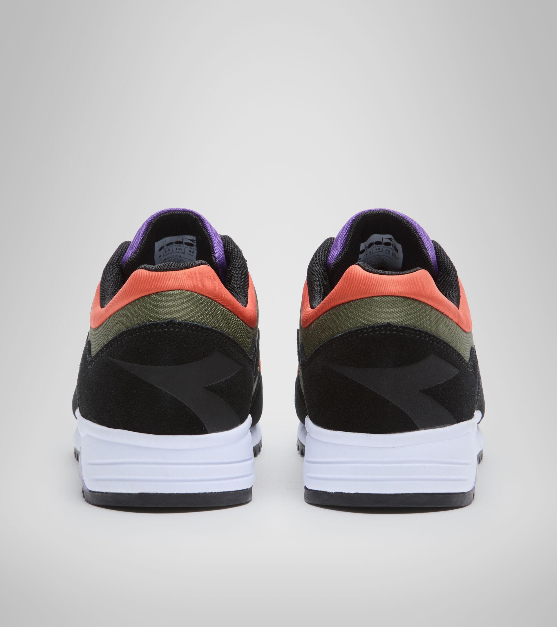 Sports shoe - Unisex N902 OFF ROAD CYPRESS/BLACK/PASSION FLOWER - Diadora